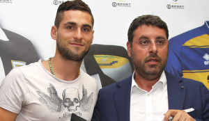 Aleandro+Rosi+Parma+FC+Unveils+New+Signing+MSOSQAyWpNLl