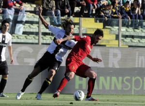 Cristian+Zaccardo+Parma+FC+v+Cagliari+Calcio+IVBVTB4eu0Zl