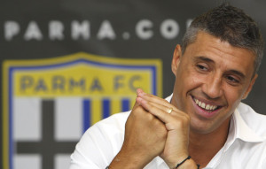Hernan+Crespo+FC+Parma+Training+Session+6fO22bCyA0Ql