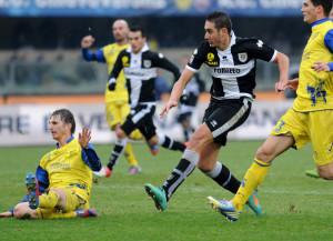 Ishak+Belfodil+AC+Chievo+Verona+v+Parma+FC+S8F6CkekELvl