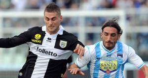Pescara-v-Parma-Aleandro-Rosi-v-Francesco-Mod_2855980