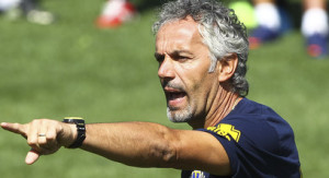 Roberto+Donadoni+Parma+FC+Preseason+Training+VvLpsk0tSYml