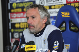 Roberto+Donadoni+Parma+FC+Press+Conference+XL89kVqOfPWl